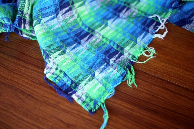 blue_green_wool_frayed_edge