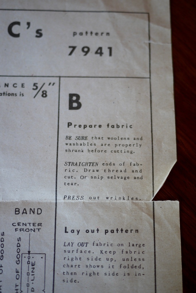Pattern instructions saying how to prepare your fabric and lay out the pattern for cutting